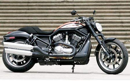 Rallye Design: bancos esportivos para motos